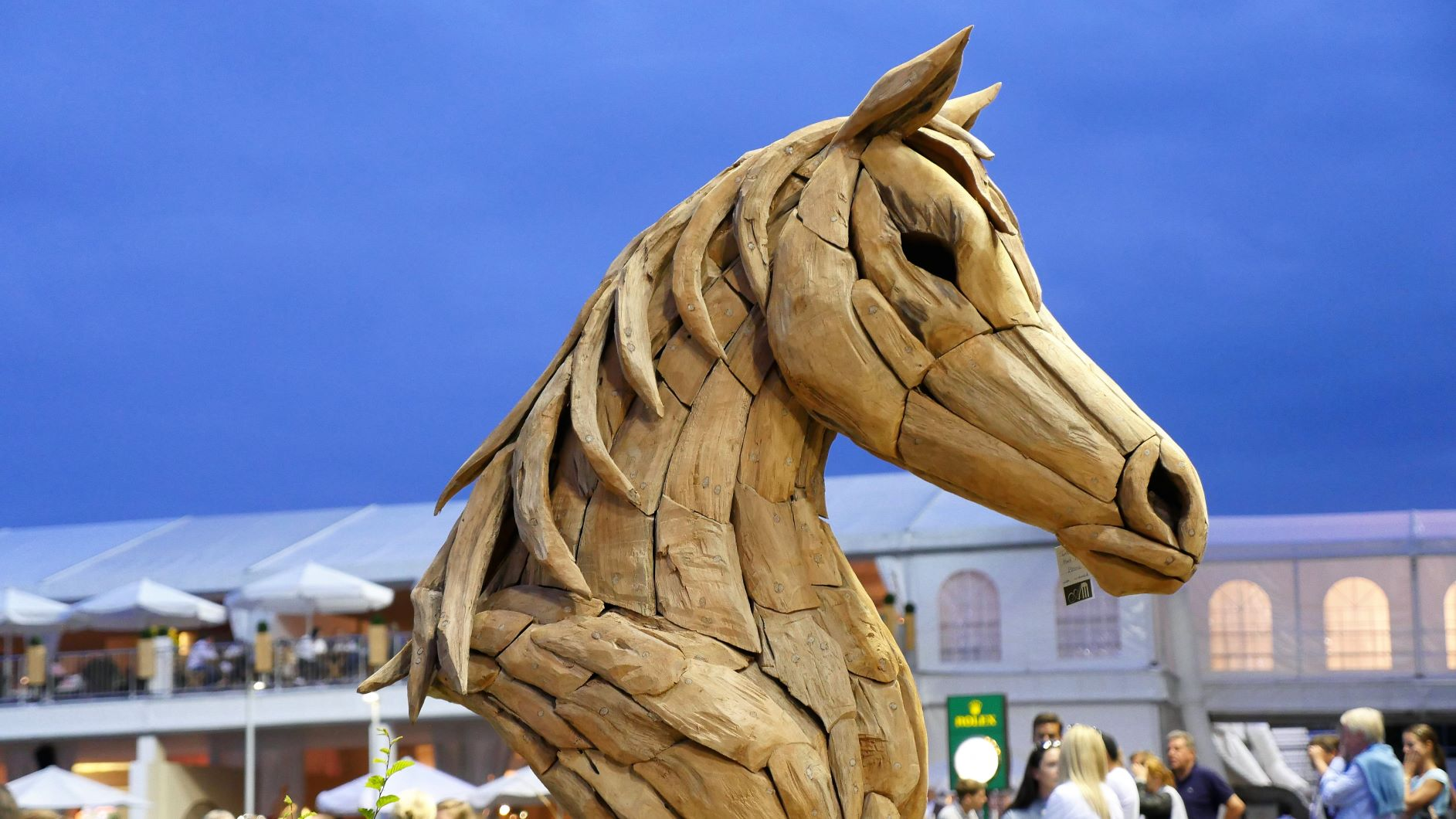 Imposing creations: horses made of wood