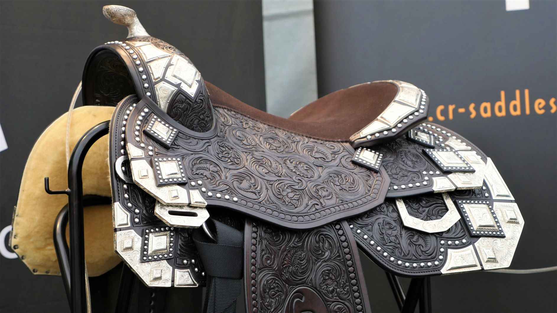 What makes a good western saddle?